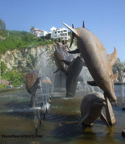 Mazatlan's Boardwalk Statues